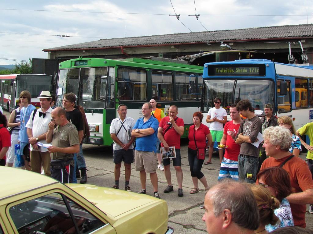 Retrojízda vozidly socialismu, start v Muzeu dopravy ve Strašicích. 9.8.2014, Zdeněk Kresa.